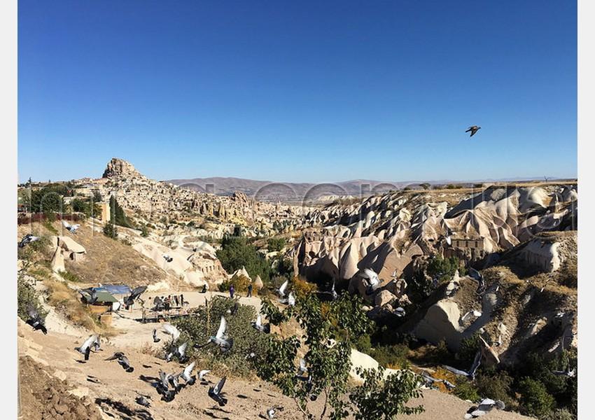 долина голубей. учхисар, каппадокия