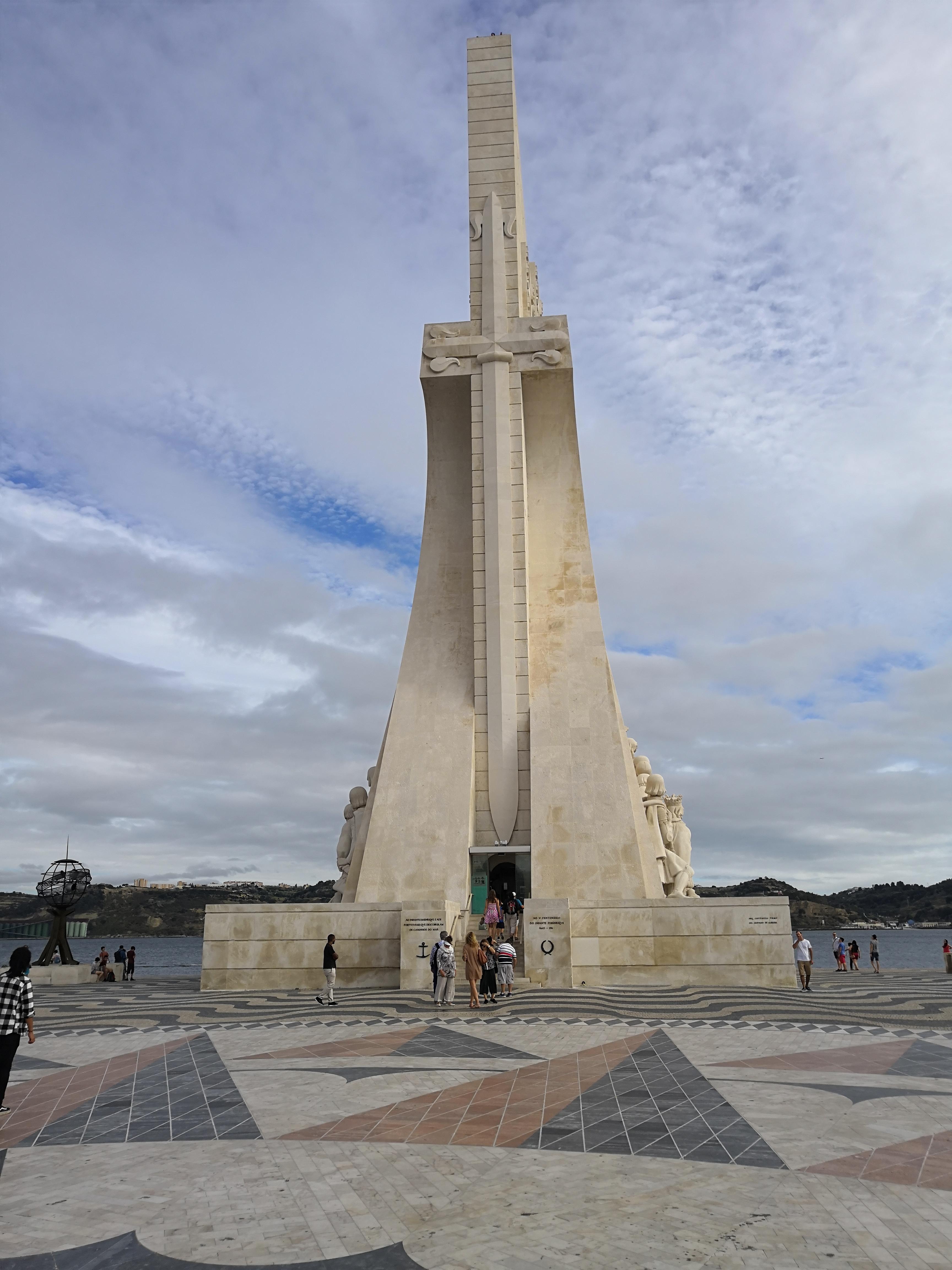 Лиссабон. Памятник первооткрывателям